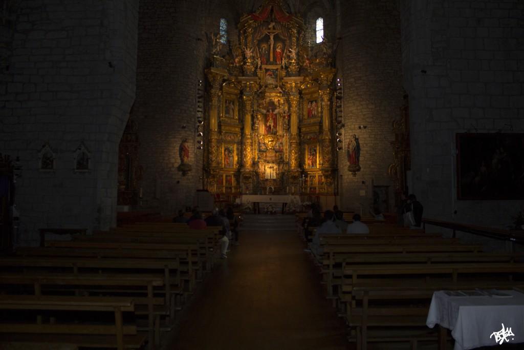 Vista desde el fondo retablo de Aoiz
