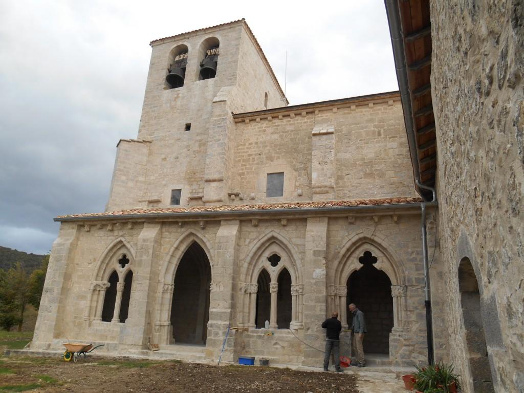 El pórtico y fachada sur-después de las obras