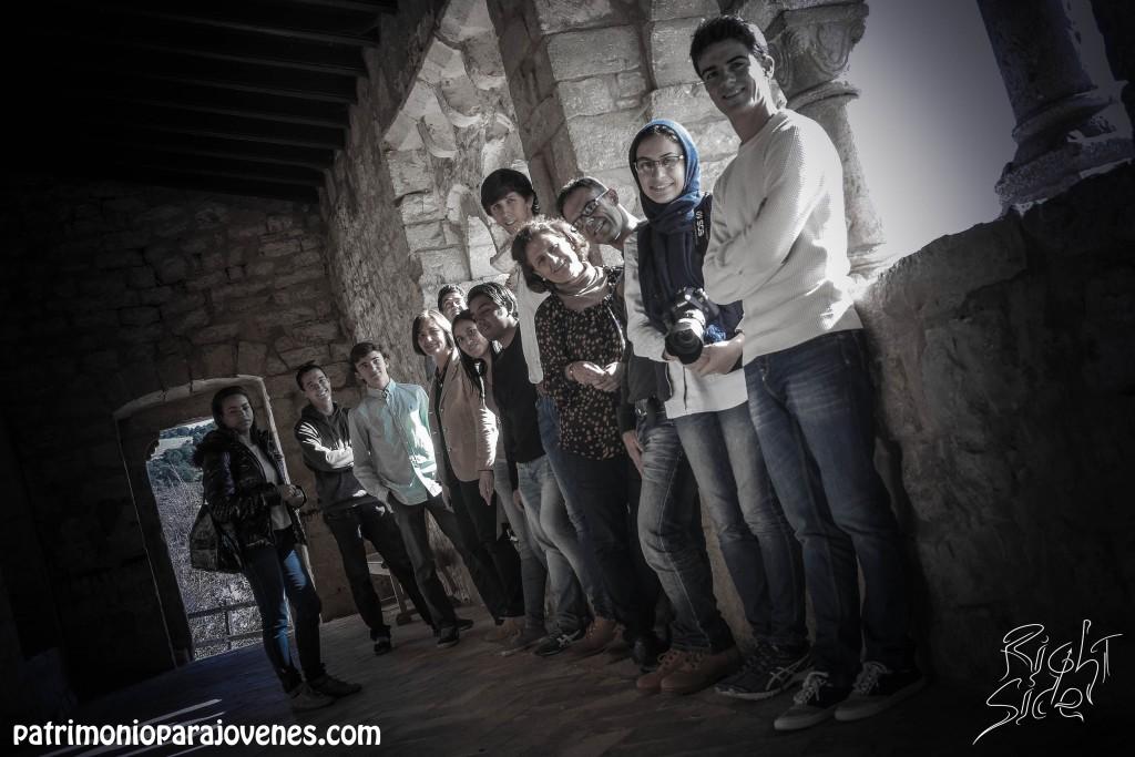Grupo en el pórtico de San Esteban, interior